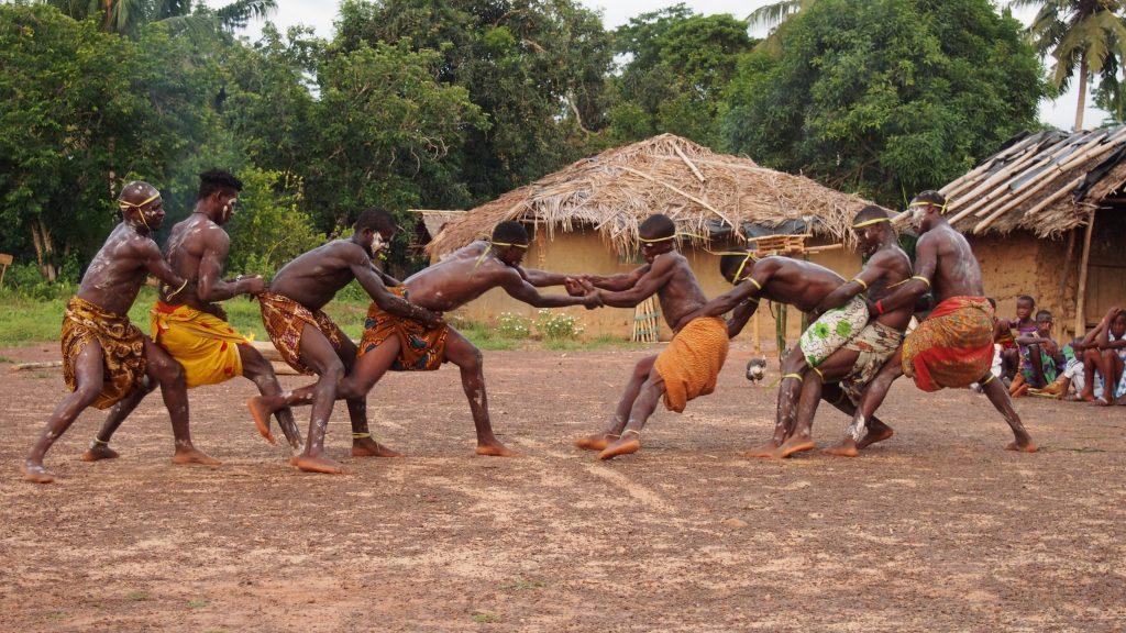 Visitez le village Parc de Taï en voyage en Côte d'Ivoire en famille