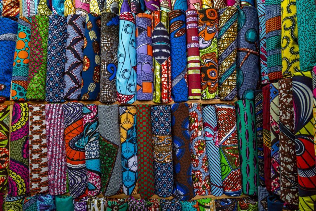 Visité les marché lors de votre voyage en Côte d'Ivoire en famille
