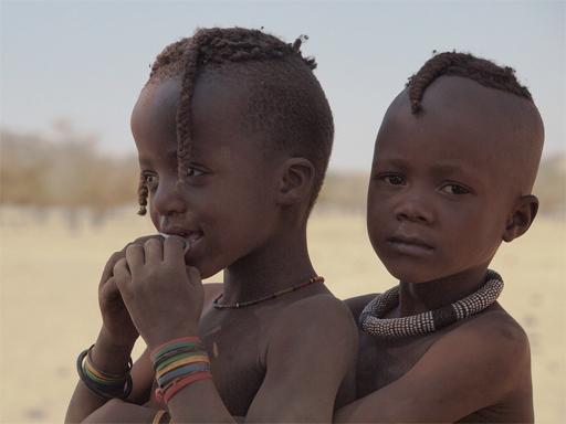 Enfants himba - Voyage en Namibie en famille