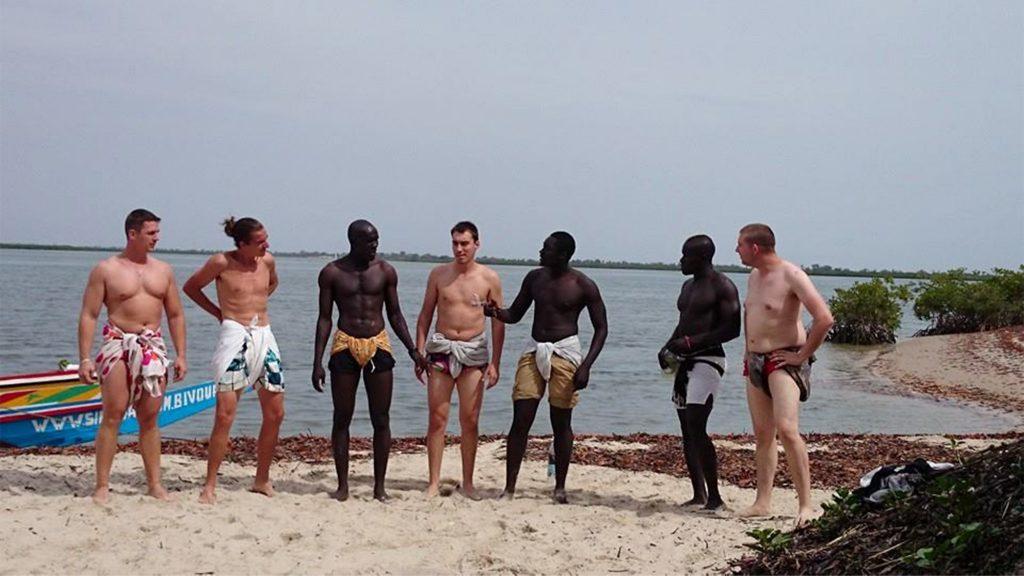 Initiation lutte - Team building au Sénégal